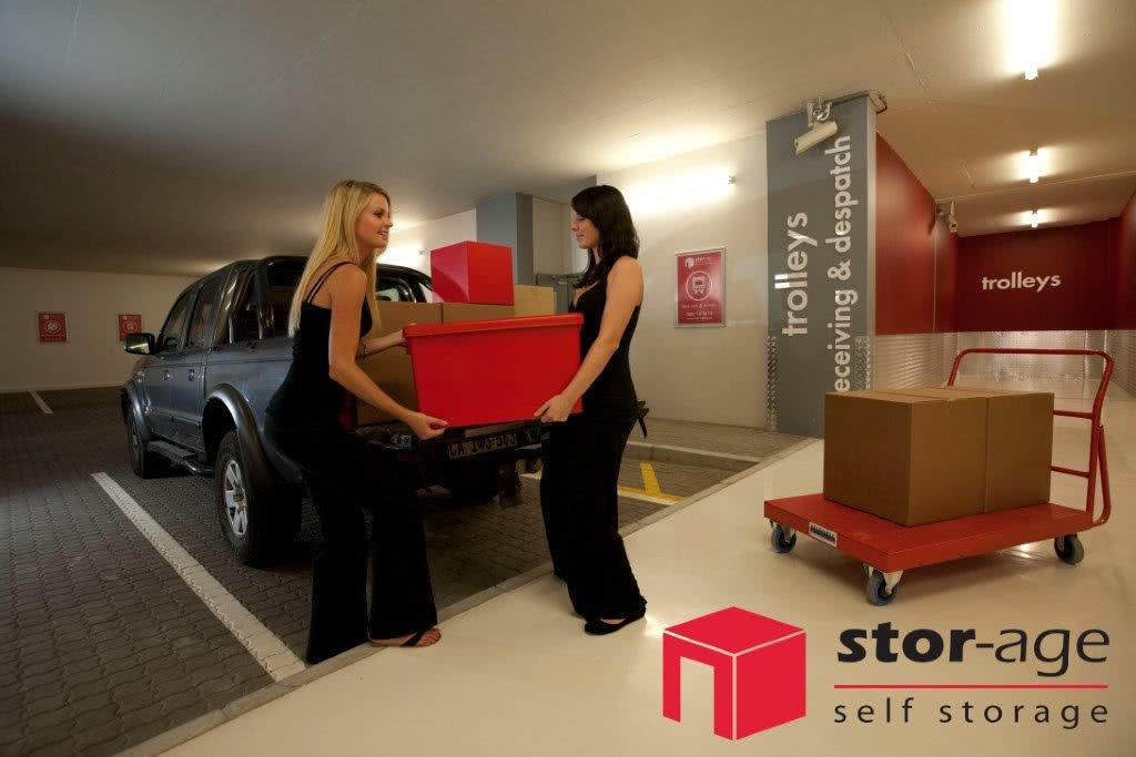 Stor-Age Self Storage Gardens tips and hints