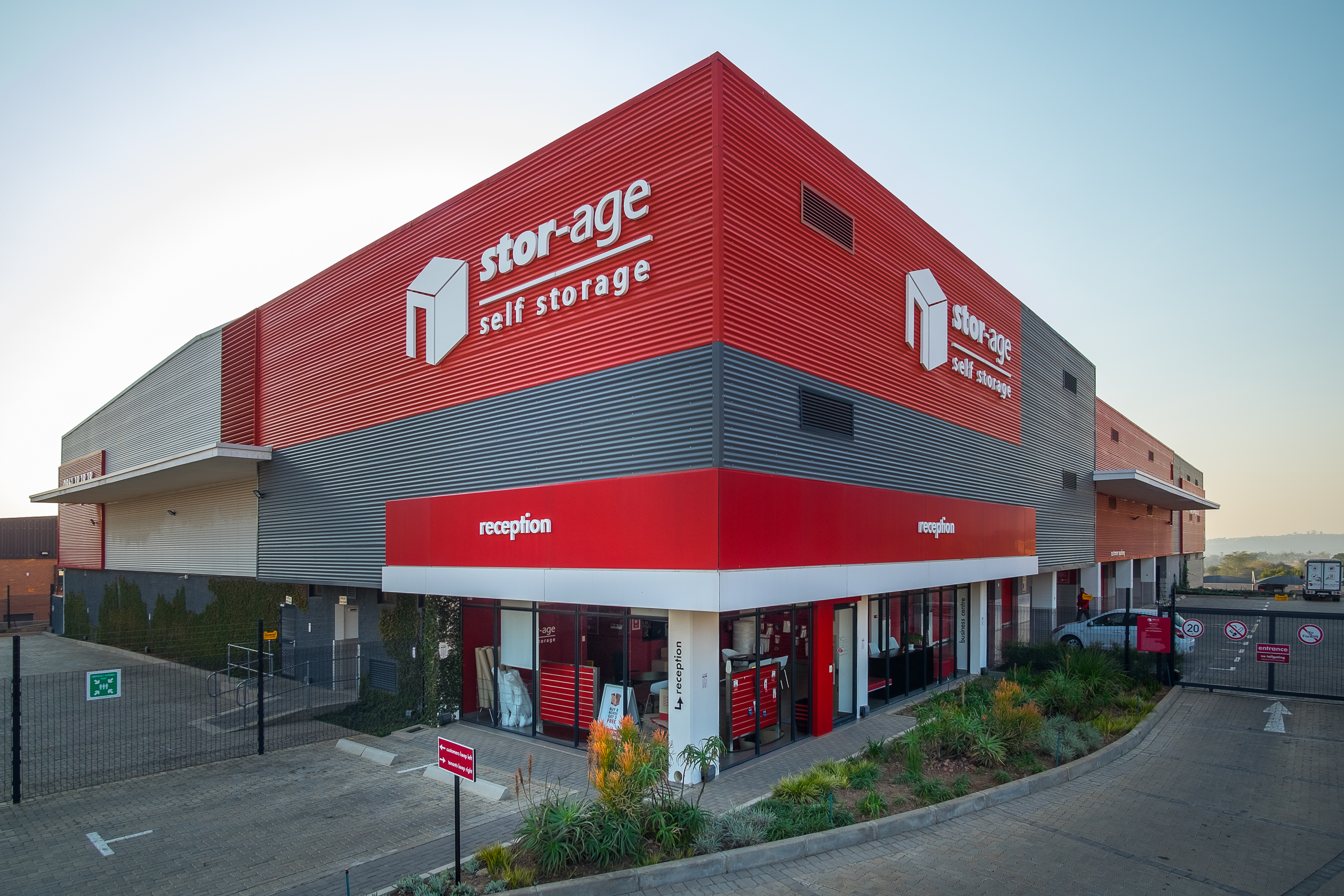 Stor-Age Silverlakes